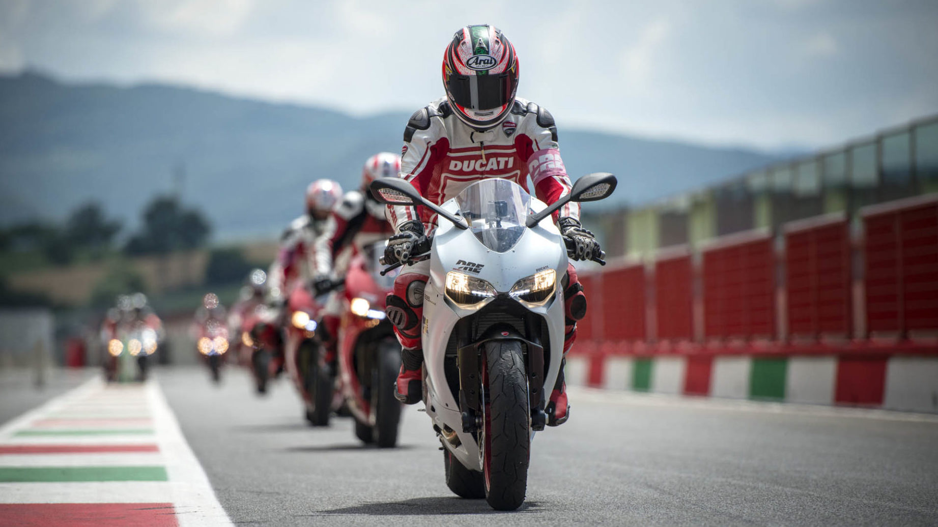 Track Warm up session 1 - Ducati Riding Experience