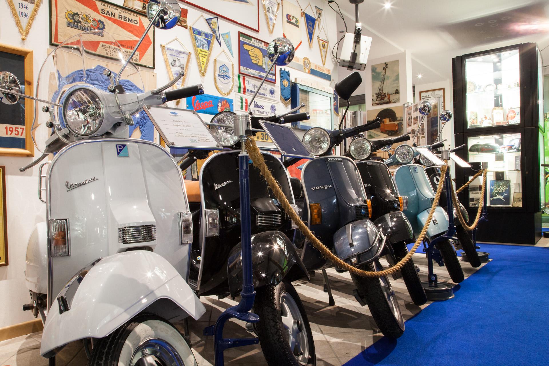 Raduno Internazionale Registro Storico Vespa a Ravenna