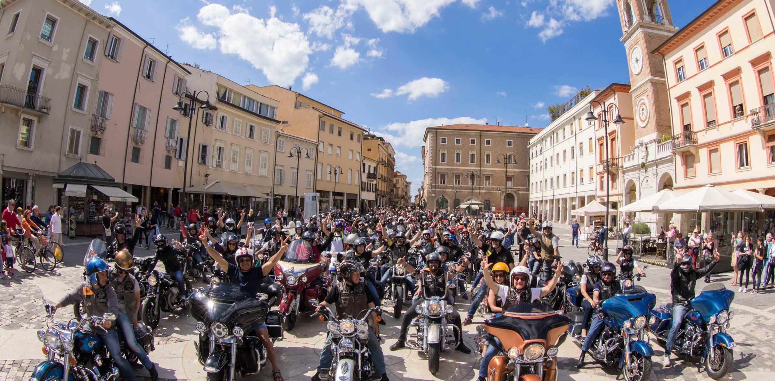 Reunion Rimini: bikers, musica e spettacoli nella capitale del divertimento.