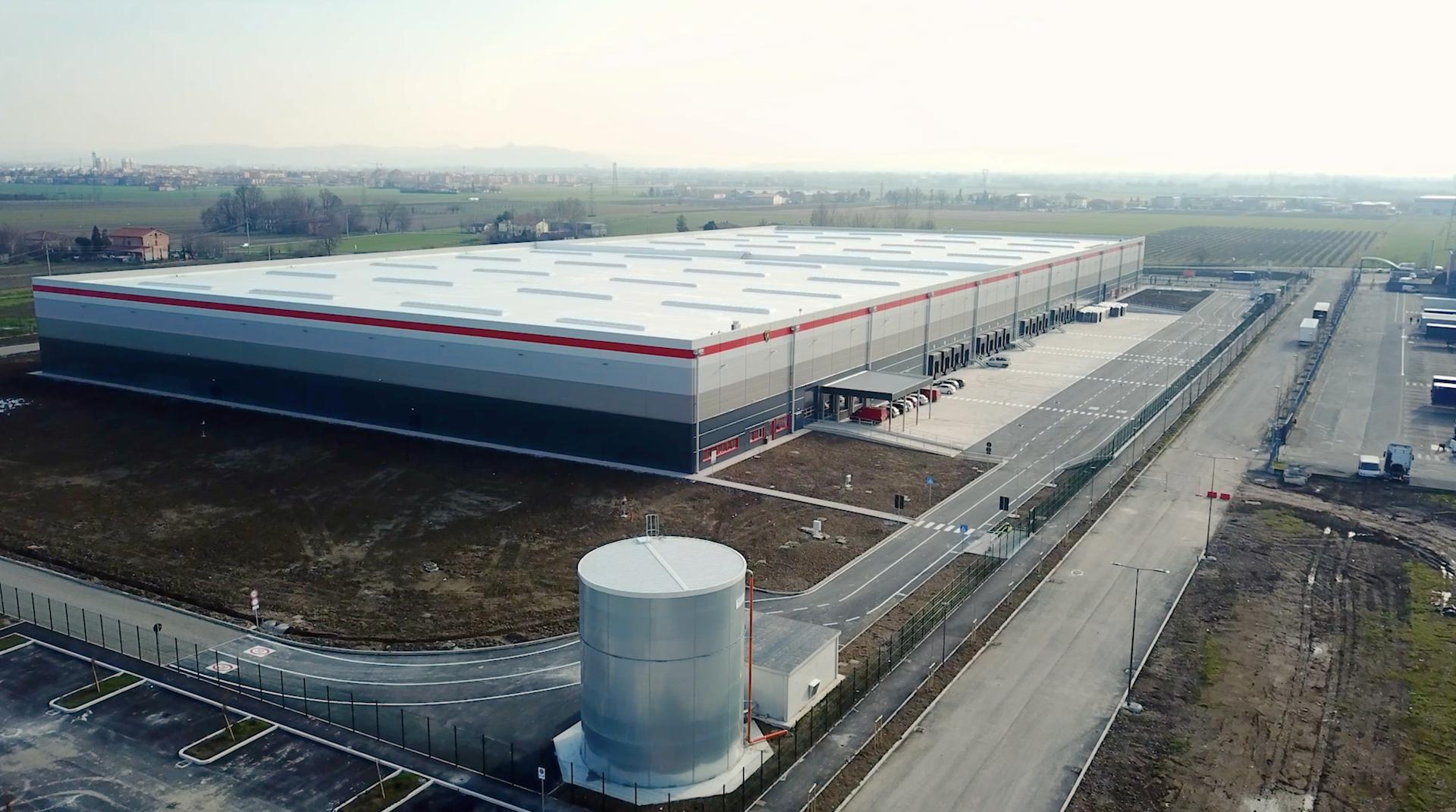 Ducati e Lamborghini già operativi nel loro nuovo hub logistico da 30 mila metri quadrati.