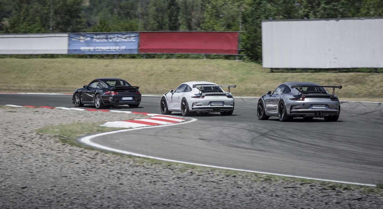 L'Autodromo di Varano accoglie il 5° Raduno Porsche.