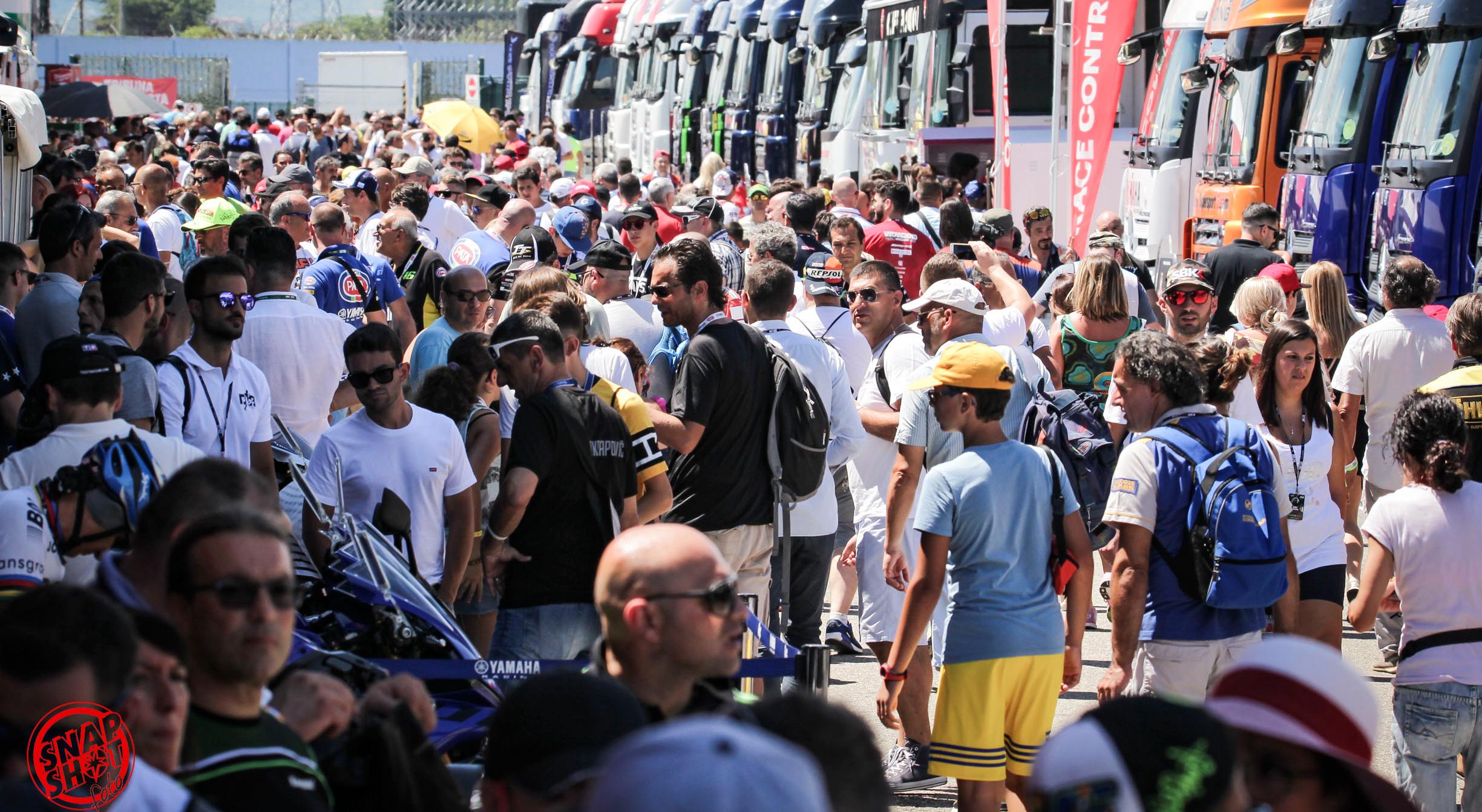 Al Misano World Circuit un fine settimana di emozioni e spettacolo con Superbike e Notte Rosa.