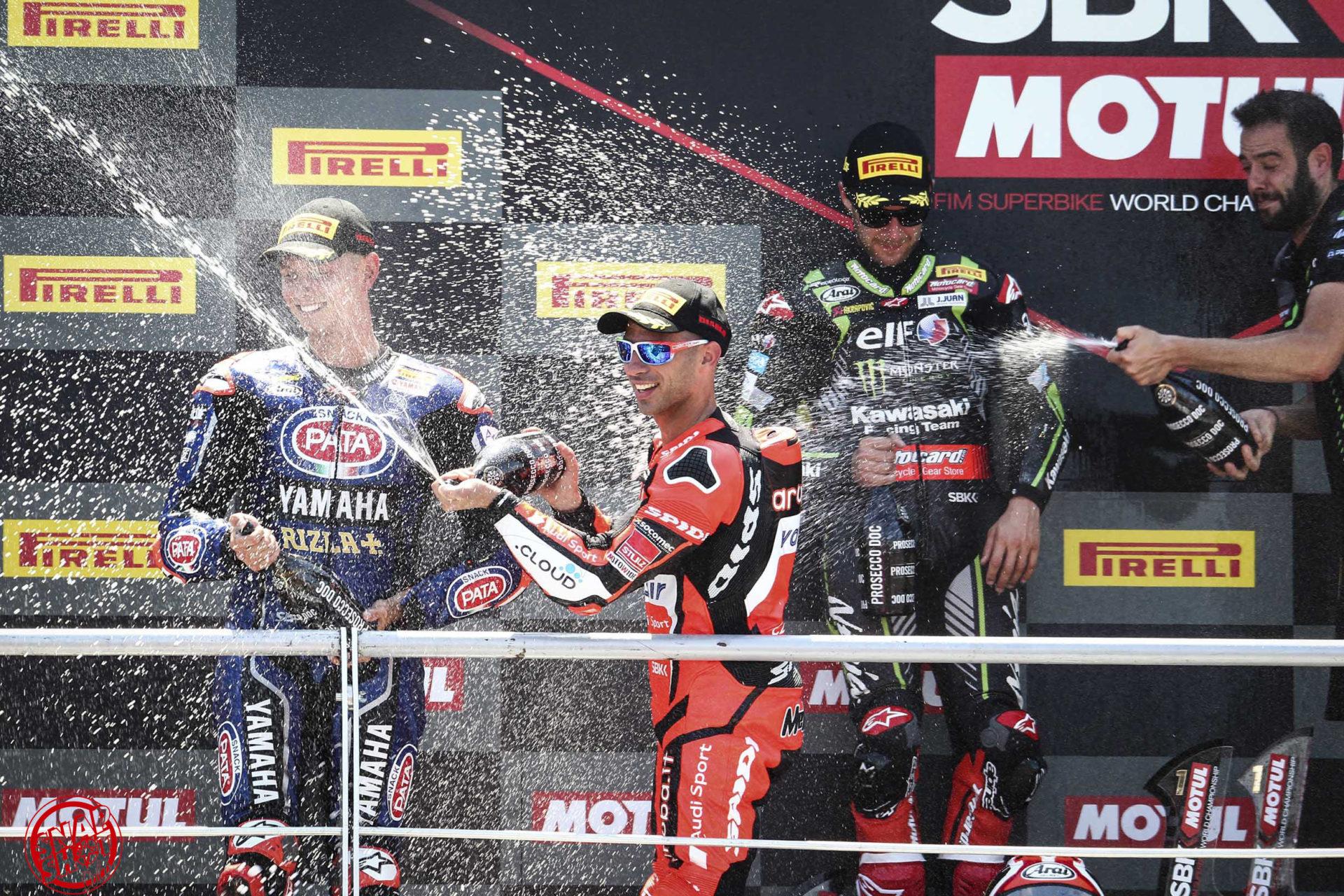 Superbike e La Notte Rosa: grande successo di pubblico al Misano World Circuit.