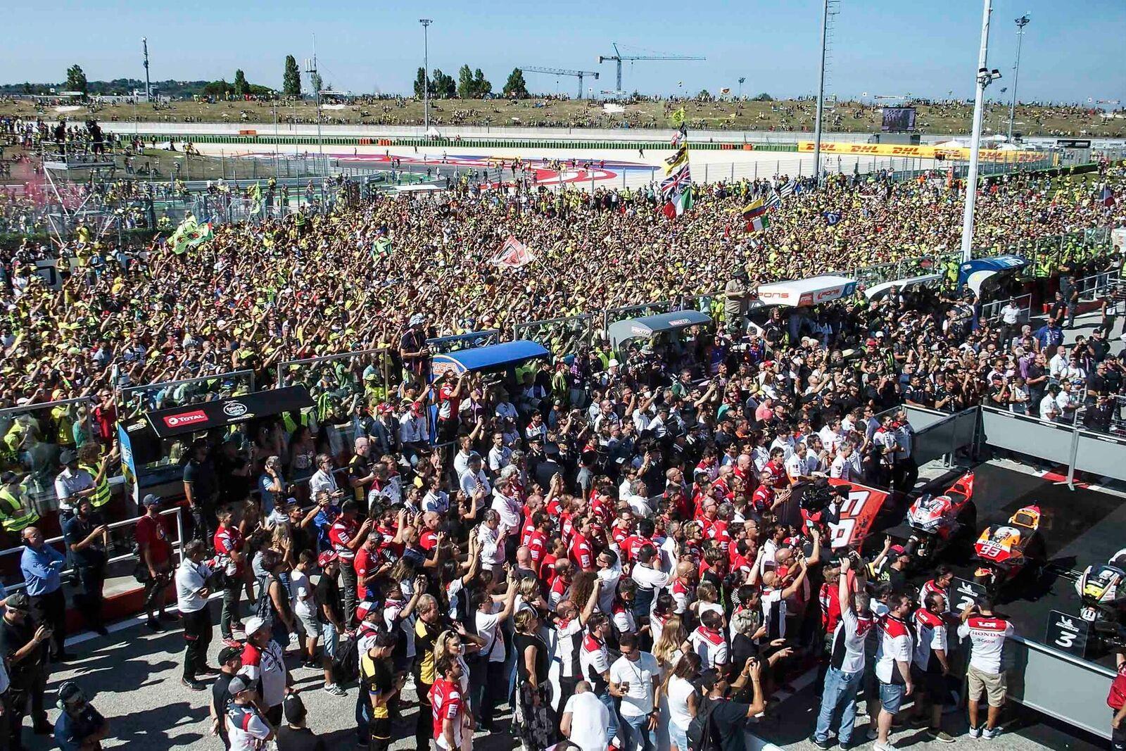 Misano, MotoGP: vincono tre italiani di fronte ad un pubblico da record.