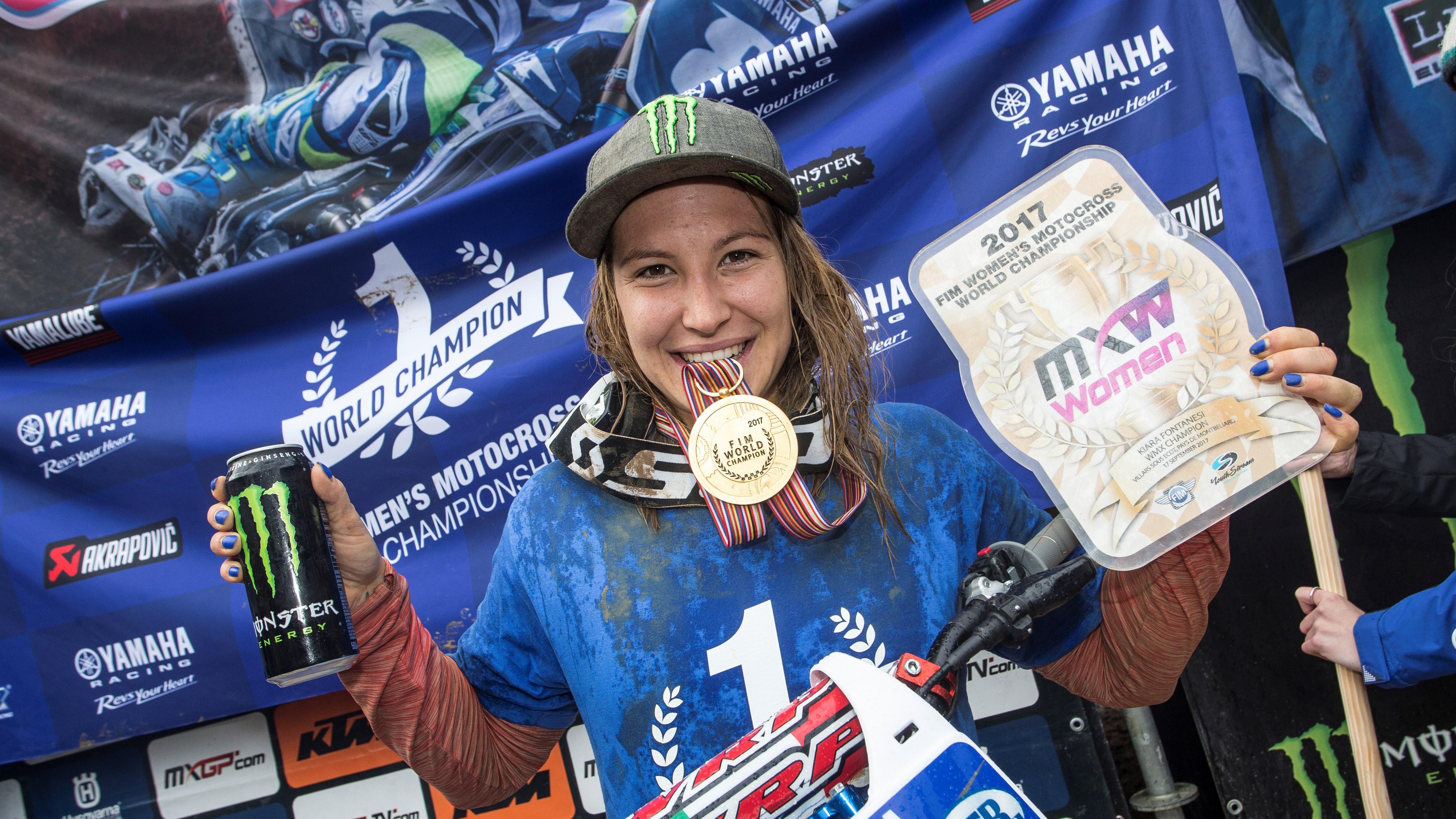 Intervista a Kiara Fontanesi. Quando il Motocross parla al femminile.