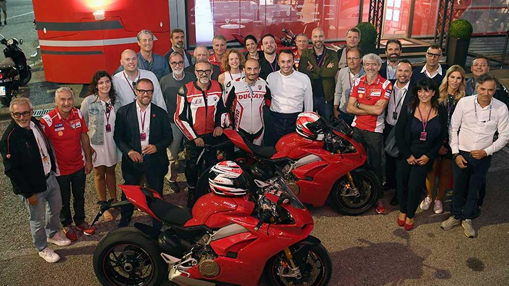 """""""Emilia-Romagna, Slow Food & Fast Motorcycles""""; a Misano una serata con Bottura e Ducati per valorizzare il territorio."""