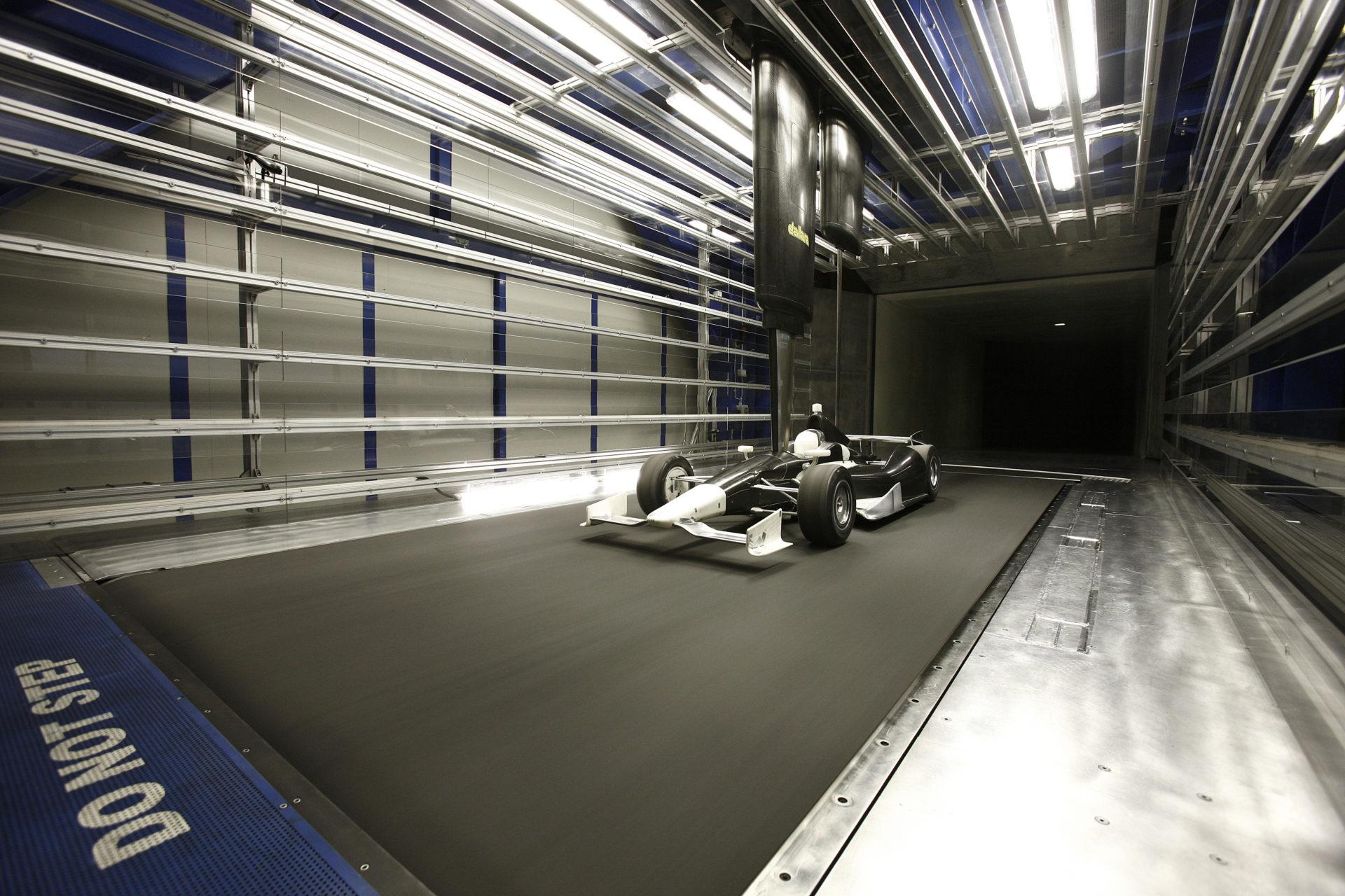 Telaio Dallara: una sicurezza dentro e fuori la pista.