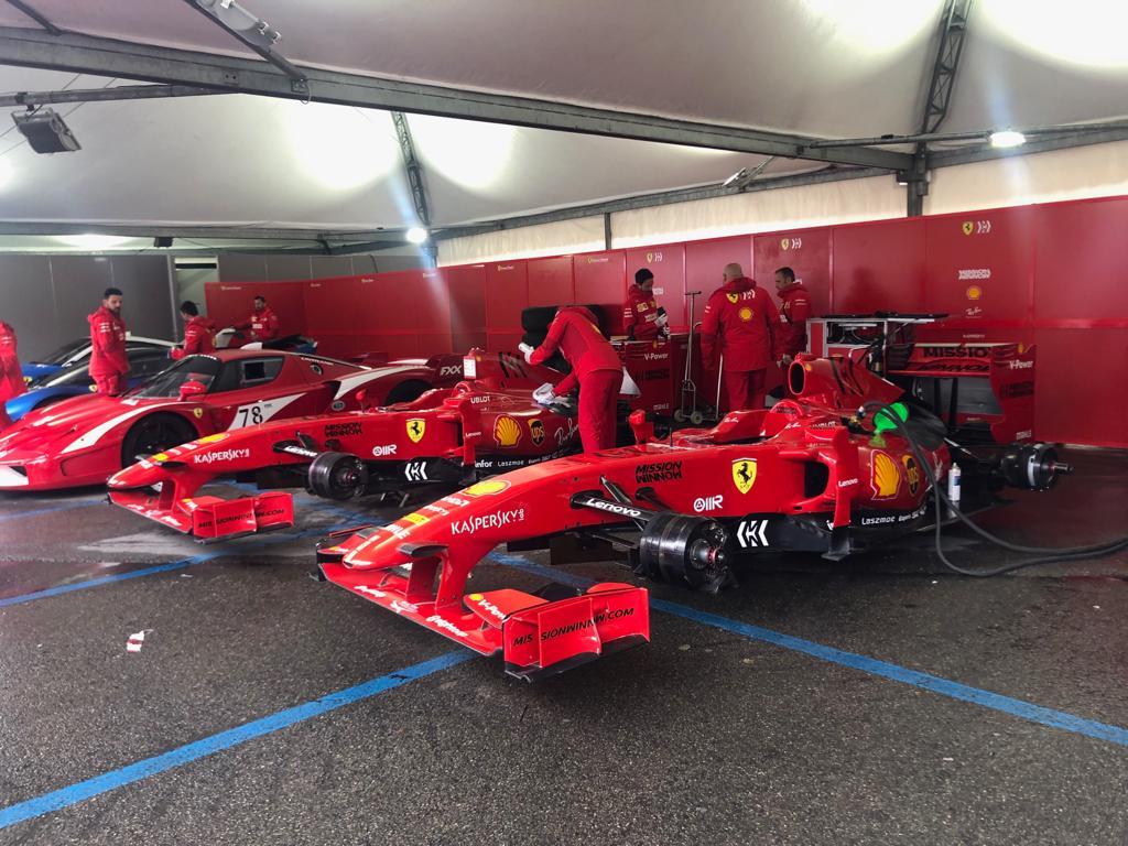 Le Ferrari da corsa protagoniste al parco Novi Sad.