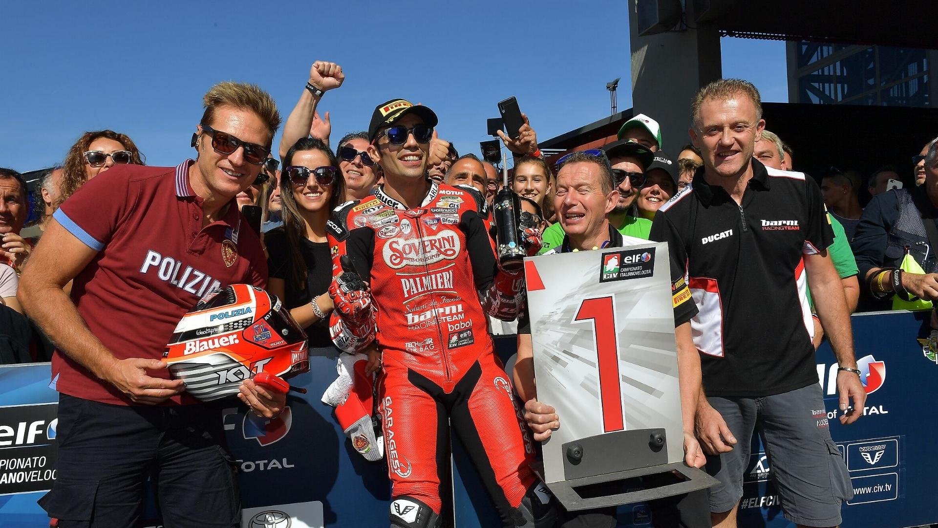 Michele Pirro è Campione d'Italia. Al Mugello conquista il suo 4° titolo nella categoria SBK.