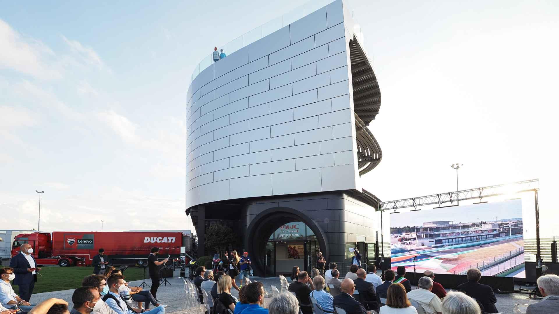 MotoGP, inaugurata la nuova terrazza panoramica del Misano World Circuit durante il GP di San Marino e della Riviera di Rimini.